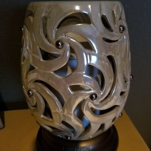 Scentsy large warmer!